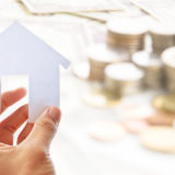 紙絵の家とお金